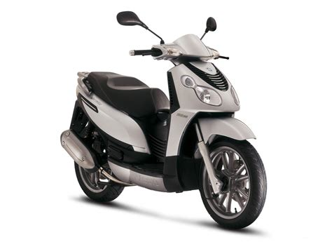 Scooters - Mopeds: 2007 Piaggio Carnaby 125 Scooters