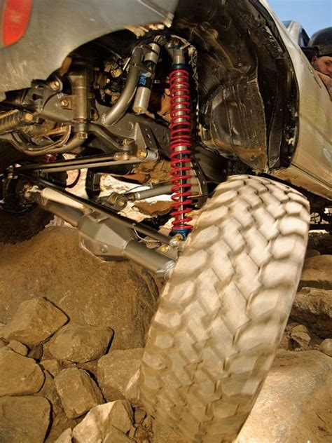 2000 Toyota Tacoma Coilover Solid Axle Swap - 4Wheel & Off
